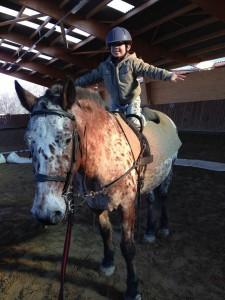 10995786 890014181049034 9004165989139464863 n 225x300 - Ecole d'équitation et poney club Ecurie Fantagaro -  -  -
